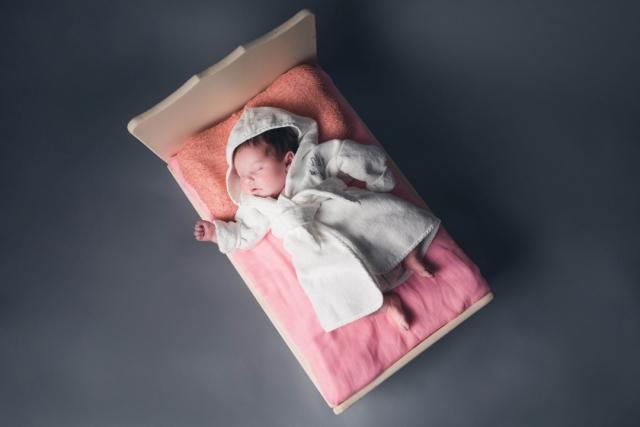Newborn baby shoot in Cheshire