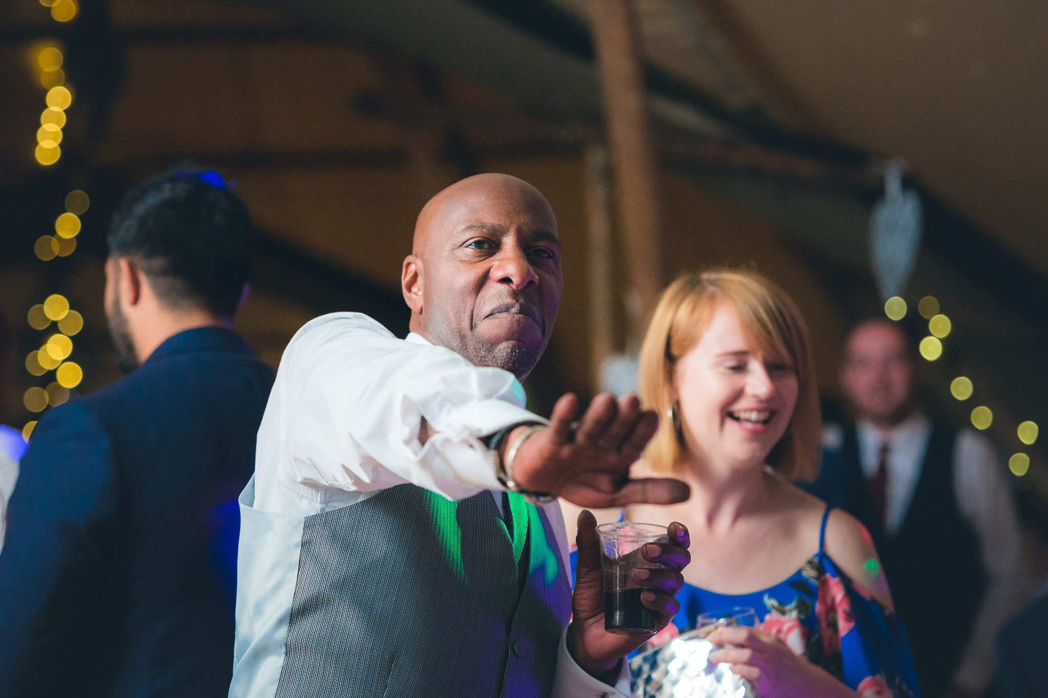 Brides dad throwing some shapes