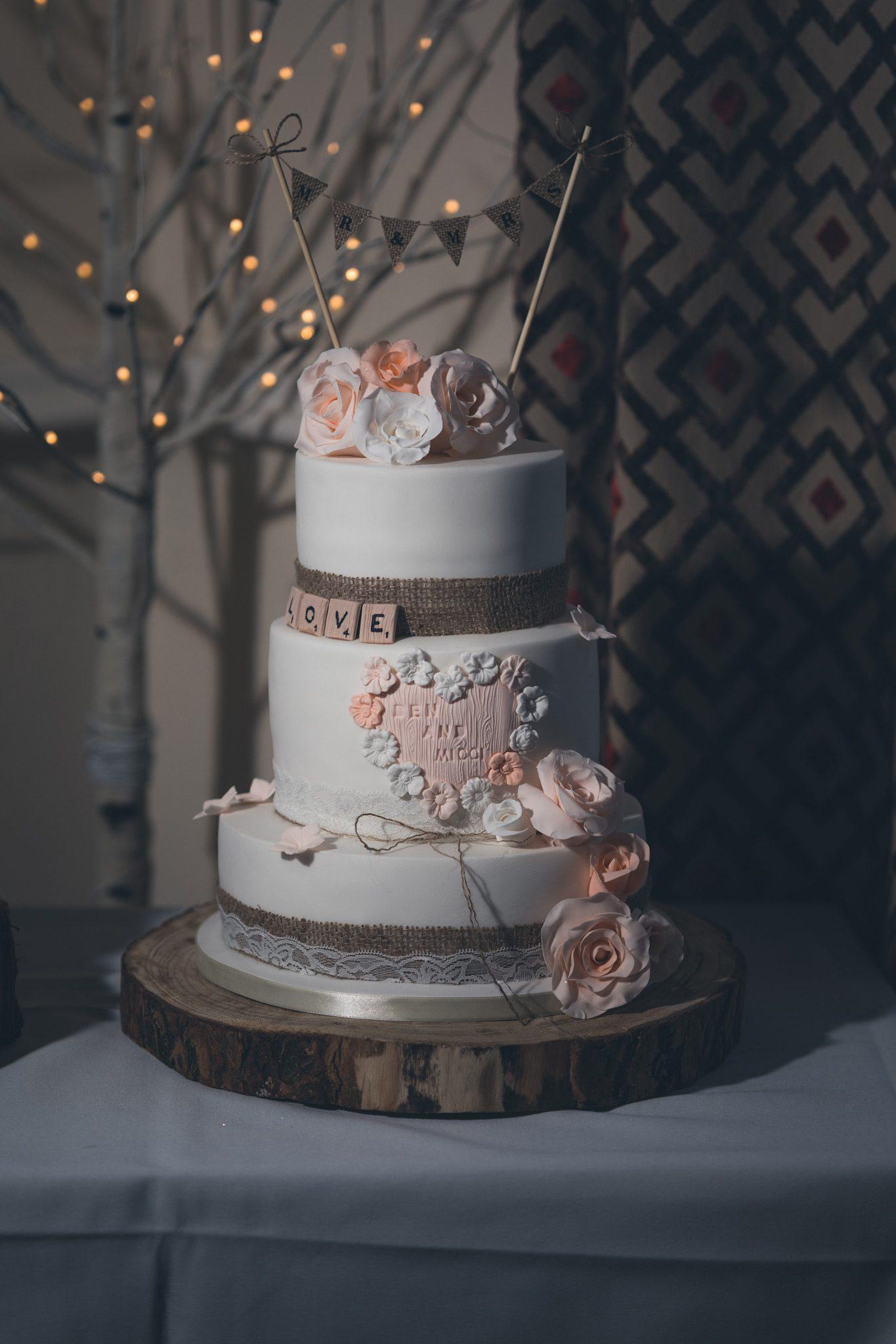 Cavendish Golf Club Wedding Cake